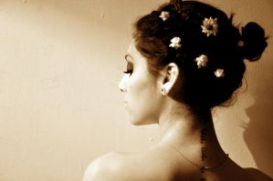 Sepia flowers by BrownieCosmico