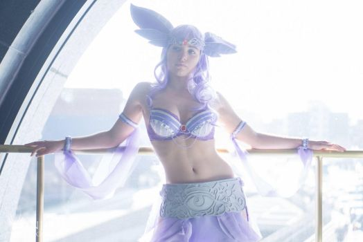 Espeon used Sunny Day by AnaGraceCosplay