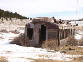old abandoned train car by fotophi