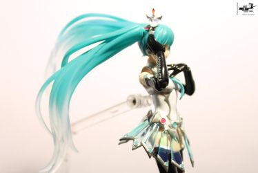 Racing Queen Miku 2013_13 by MythicStarwind1