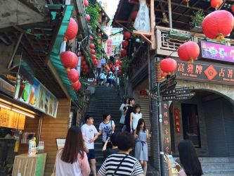 Jiufen Old Street by gaky77