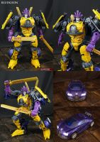 Custom Transformers Bludgeon action figure by Jin-Saotome