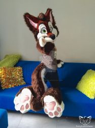 Look at my paws, my paws are amazing... by FurryFursuitMaker