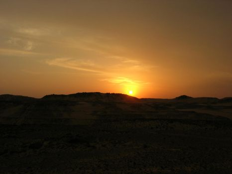 Sunset in nubian desert by Kyriash