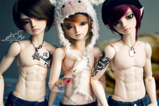 Of Ink and Lovely Boys by tinaheart