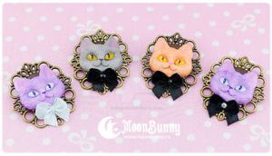 Cheshire cat Brooch 2 by CuteMoonbunny