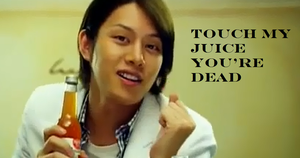 Juice Or Death- Macro by SungminHiroto