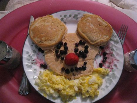 Mikey Mouse Pancakes by TheChocolateCrouton