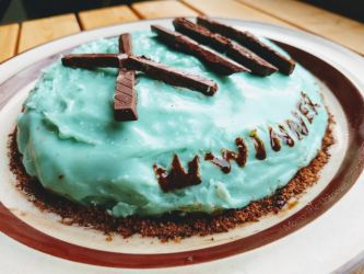 Seasalt Icecream Cake by Momo-The-Unknown