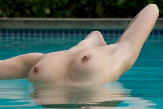 Laurie in a Cold Pool by MTARR
