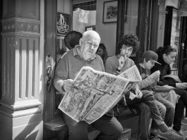 Reading the news by sandas04