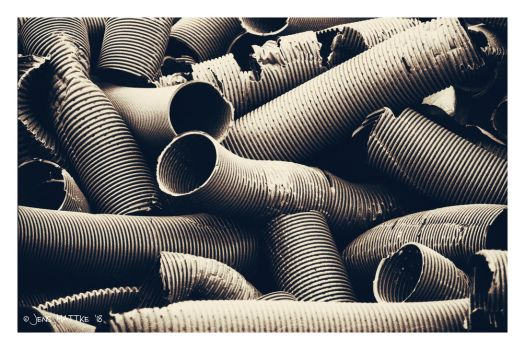 Pipes by daschristkind