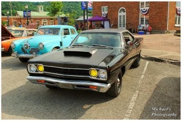 A 1968 Plymouth Road Runner by TheMan268