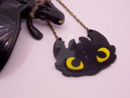 HTTYD Toothless fanmade necklace by tenczerszofi