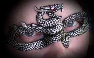 Silver Serpent Mask by Namingway