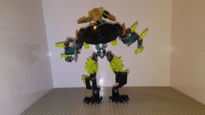 Makuta the Destroyer (Robot mode Basic) by sideshowOfMadness