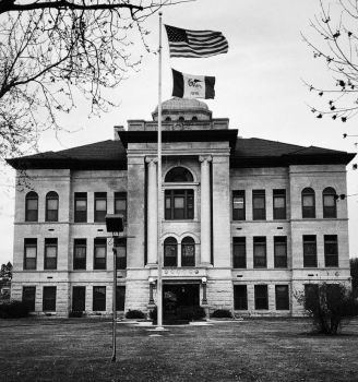 Harrison County Court House - Tri-X Filter by primowalker