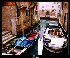Venice Back Alley by neolmas
