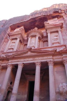 Petra - the Treasury by batusai316