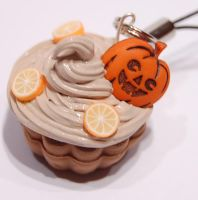Halloween cake by knil-maloon