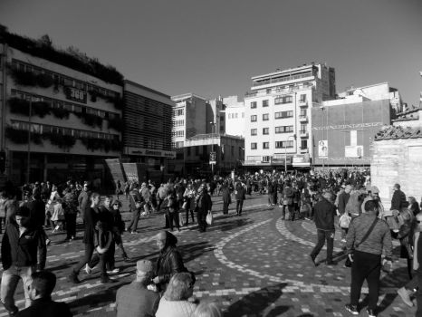 BW Crowd by FootAches