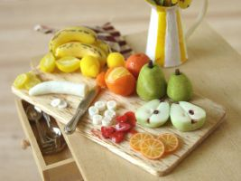 Close Up - Fruit Prep Board by PetitPlat