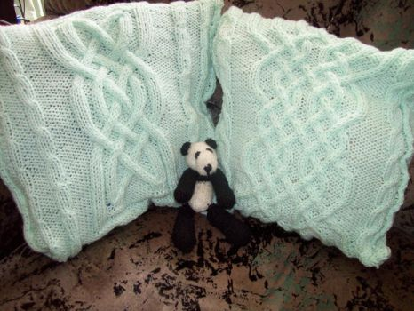 Celtic Cable Knit Cushions by Bonnzai