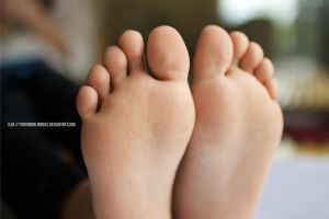 Ilsa IMG 8111 tagged by FootModeling503