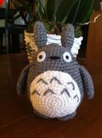 Mini Totoro by aphid777