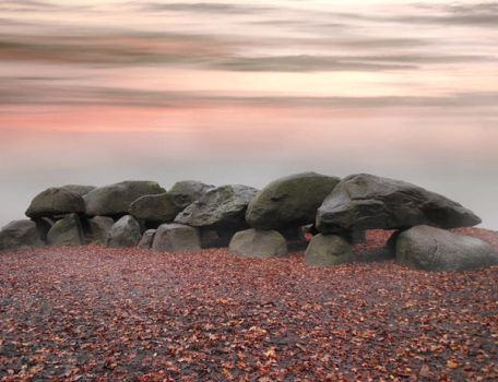 megalithic grave by AStoKo