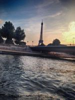 on the way to the eiffel tower by NIEHKOL