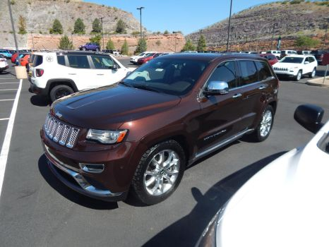2014 Jeep Grand Cherokee Summit by CadillacBrony