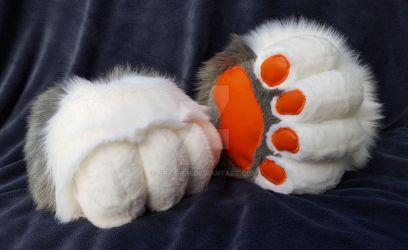 Commission: Stompy Paws by grayREM