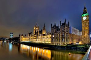 London at N8 I Reloaded by Aerostylaz