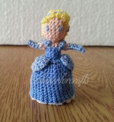 Mini Crochet Cinderella by technicolorcrafts