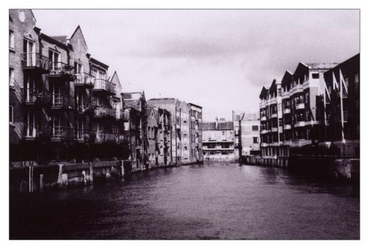 Westferry 3 by ash