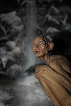 Gollum at the winter waterfall by ForestRaptor