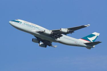 Cathy Pacific 747-467 by hanimal60
