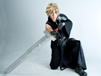 Cloud with the buster sword by vingaard