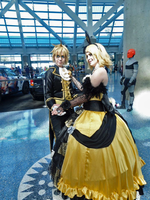 Rin and Len Anime Expo Day 1 by crystal19996
