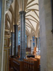Temple Church nave by photodash