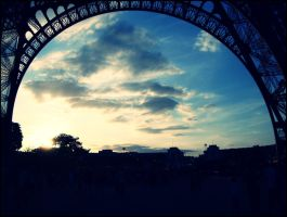 Sunset under the Eiffel Tower by cata-angel