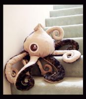 Big Eyes Squid Plush 1 d by TheCurseofRainbow