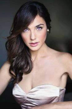 Gal Gadot Mindless and Mesmerized by hypnospects
