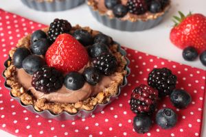 Pretzel Crust Nutella Mini Cakes by AlasseaSuru