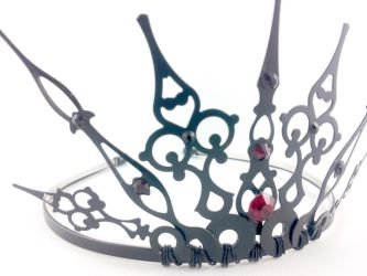 Red Gothique Tiara by angelyques