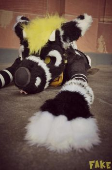 I fell and now i dont want to get up by BeccaRedPanda