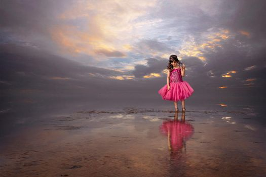 Girl in pink by mojab