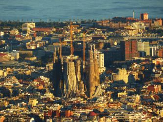 Sagrada Familia by LPik