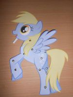 Paper Toy: Derpy by Trunksi